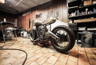 building-vehicle-motorbike-motorcycle